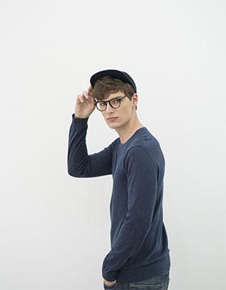 man rflkt eyeglasses