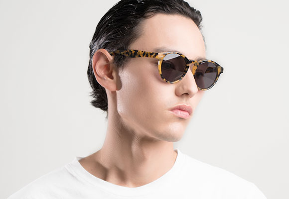 Tortoise sunglasses man EyeBuyDirect